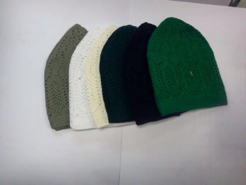 Вязаные шапочки мужские